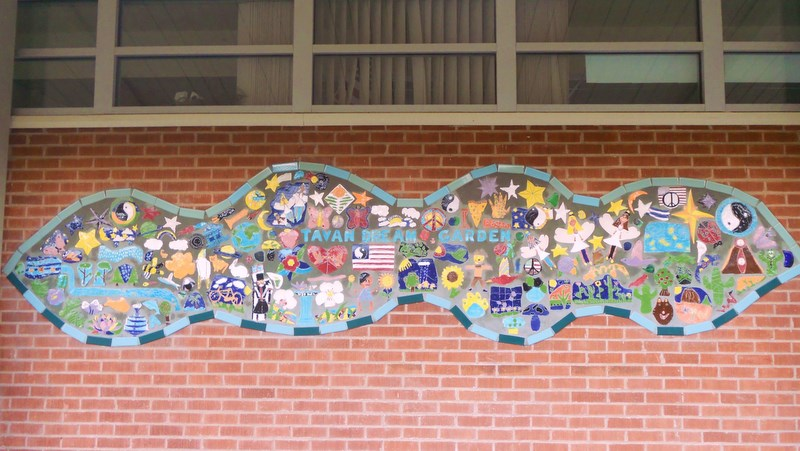 "Tavan Elementary ""Dream Garden"" Mural"